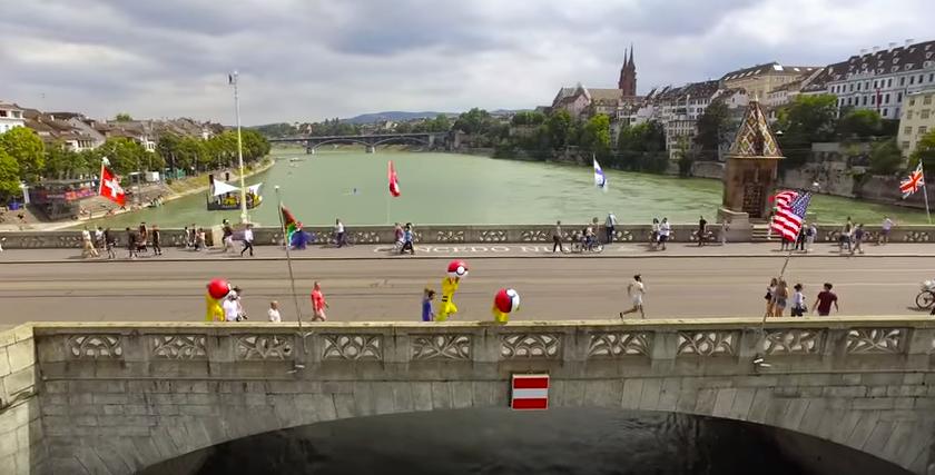 人間にリベンジするピカチュウがスイスに出現。やりたい放題の理由とは?