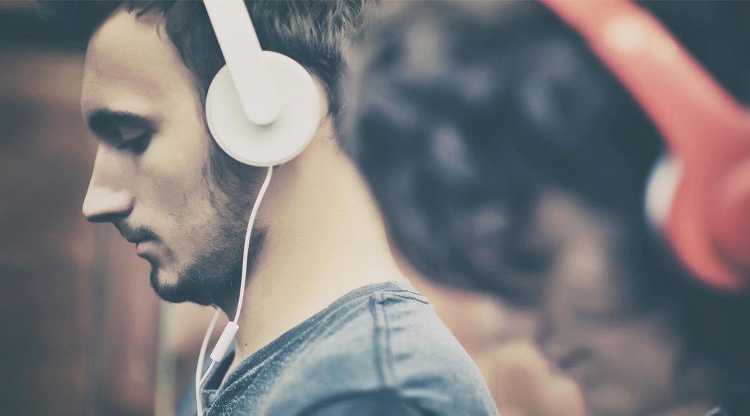製薬会社が「聞くだけで頭痛が和らぐ音楽」をプロデュース!(4曲聞けます)
