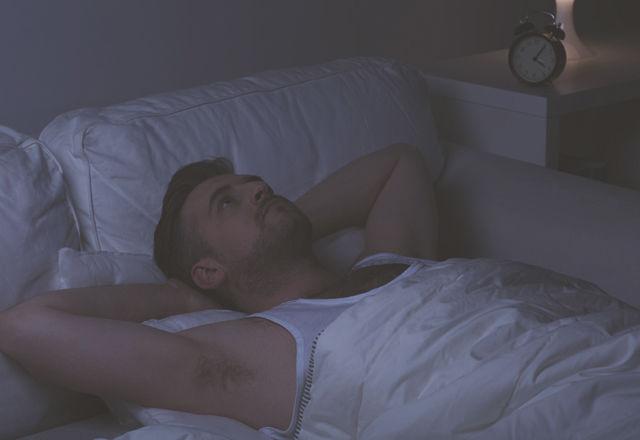 夜、決まった時間に目が覚めてしまう。その時あなたの「心のサイン」は?
