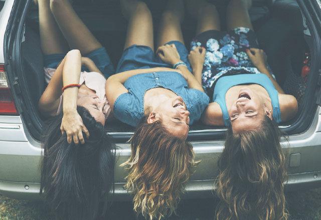 「友だちがいない人は、タバコを吸う人より病死リスクが高い」。(ハーバード大学)