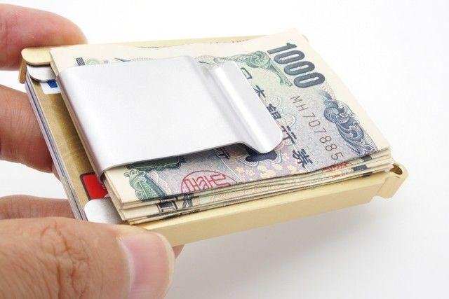 わずか12gの財布に、世界から熱視線が