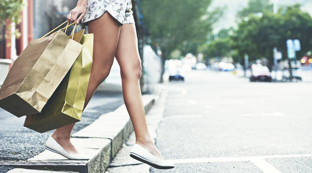 ショッピングの満足感は一瞬、経験への投資は一生モノ