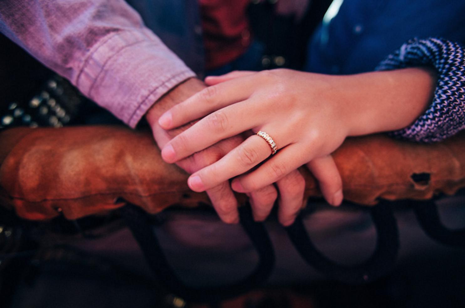 世界にたったひとつの婚約指輪にしたくて、山から金を掘るところから始めてみました