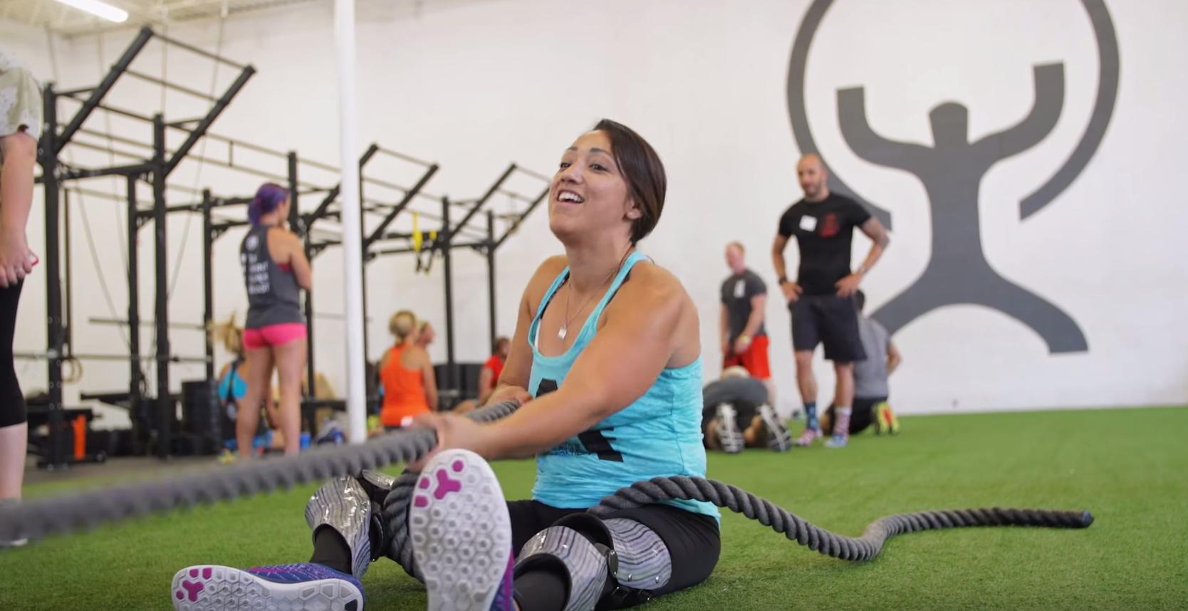 極限まで「残された肉体」を追い込む、障害者のためのトレーニングジム