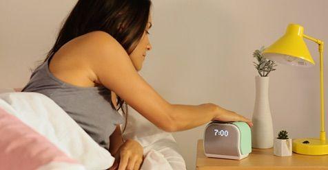 これさえあれば気持ちよく目覚められる!睡眠をコントロールする目覚まし時計『Kello』。