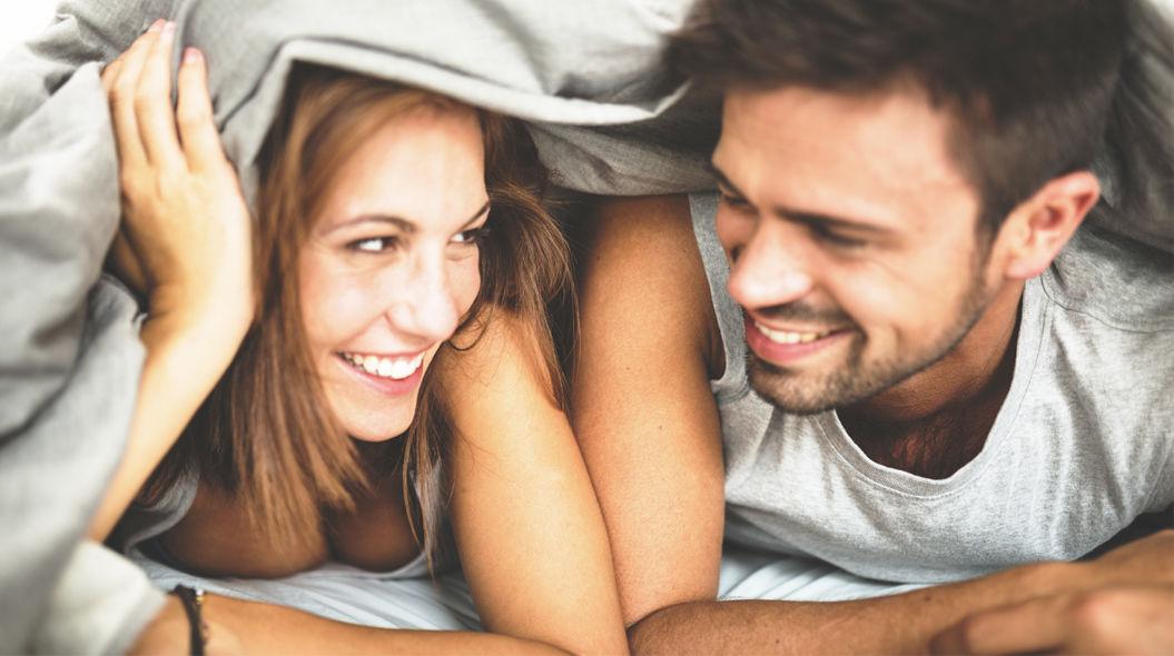 仲の良いカップルが毎晩ベッドルームでしている「7つのコト」