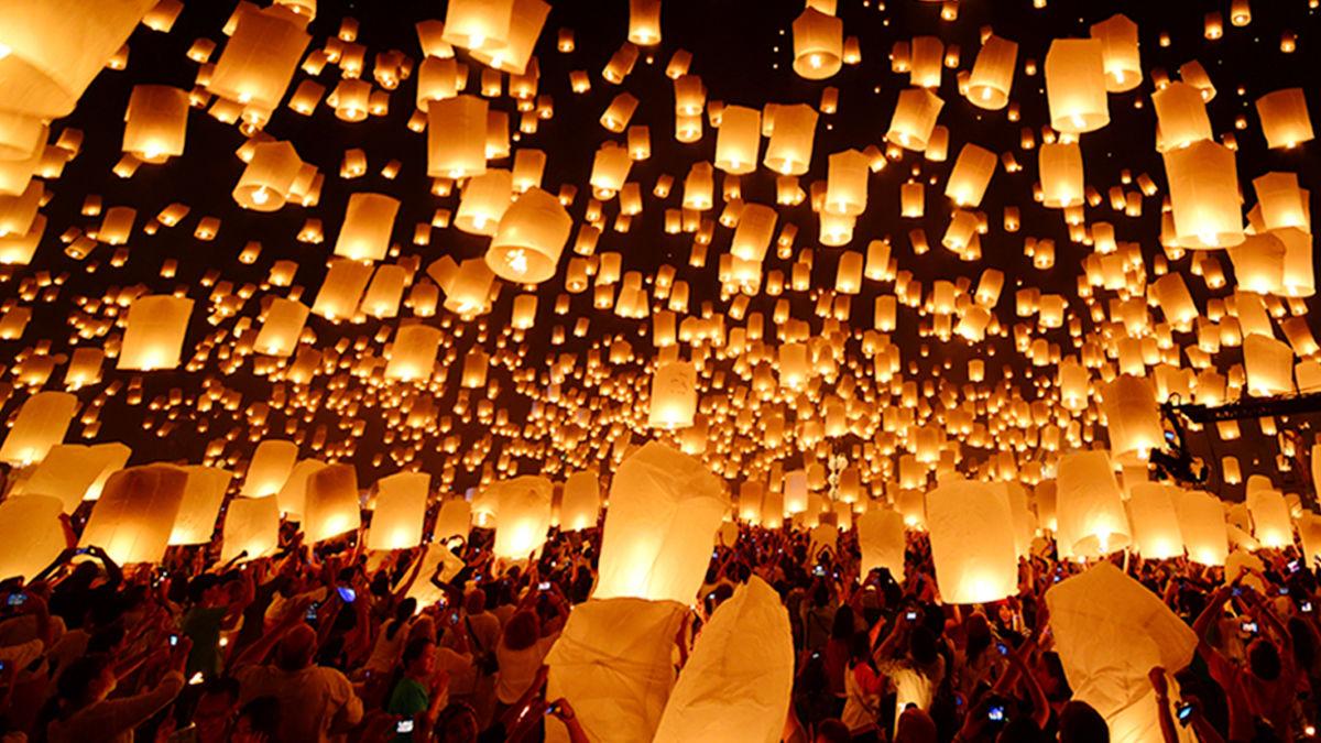 タイ・ランタン祭りが開催。イベントなどの規制が緩和へ。