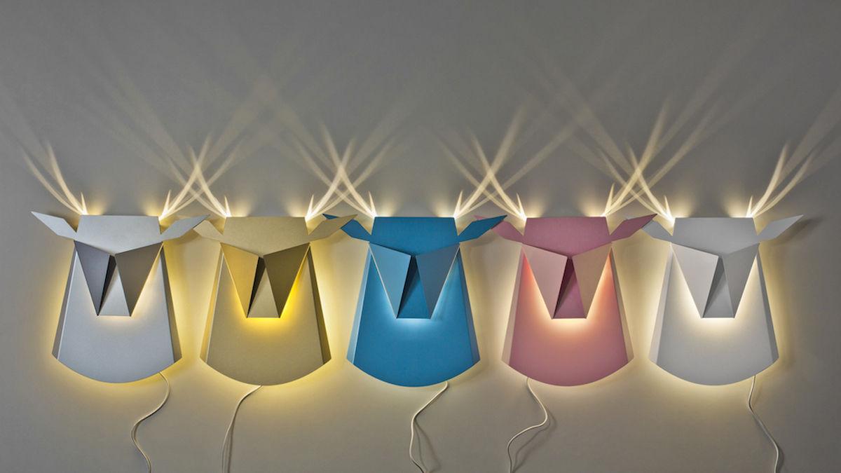 光をつけると完成する、ファンタジーな「動物ランプ」