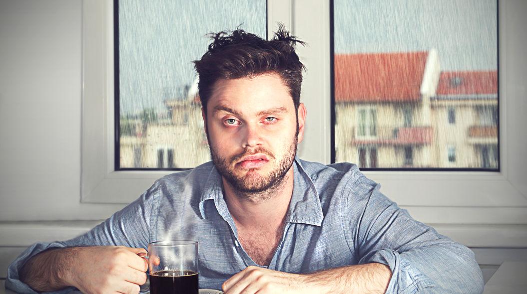 いくら水を飲んでも2日酔いは防げない!との研究結果