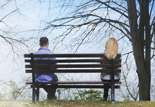 【夢占い】喧嘩する夢の意味とは?友達、恋人、夫婦喧嘩の夢が示す暗示に注目!