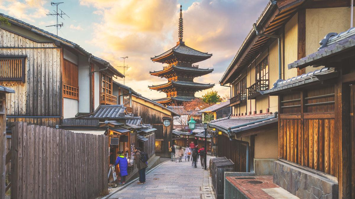 迷う街「京都」。行くならどっち?