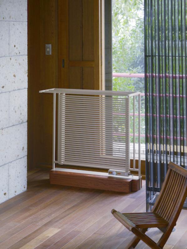 暖房と家具が一体になった「mettre」のある暮らし