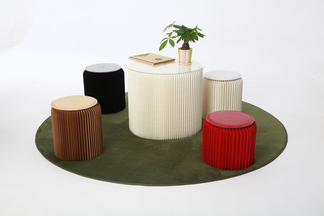 ヨーロッパで人気の、折り畳める「紙の家具」が日本でも。