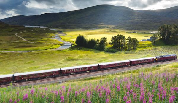 スコットランドを走る豪華列車、オススメは展望車より「スパ車両」