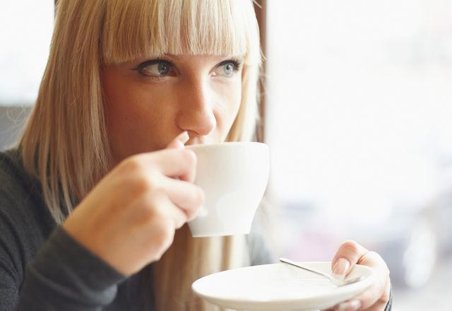 コーヒーを飲むと肝臓が元気になる?豪・研究結果