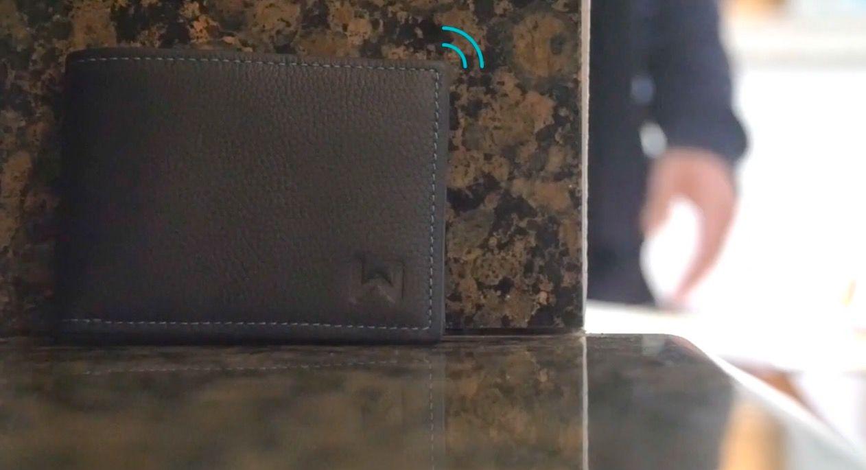 置き忘れをスマホでお知らせ!「賢いお財布」登場
