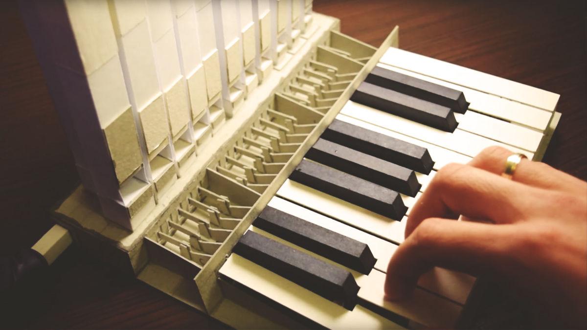 DIYとは思えない「紙製パイプオルガン」の、やけにリアルな音色