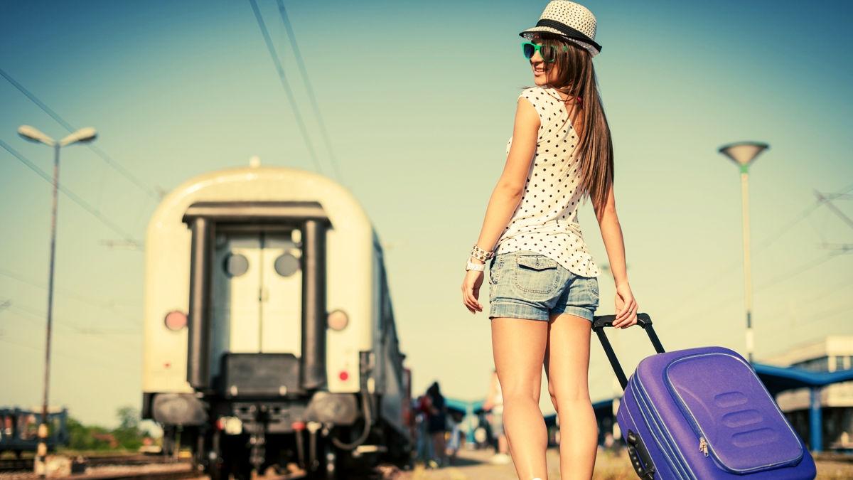世界を旅する女性20人に聞いた。絶対に忘れちゃいけない「トラベルアイテム」