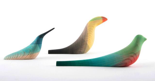 好みに合わせて「カスタム染色」できる、小鳥のオブジェ。
