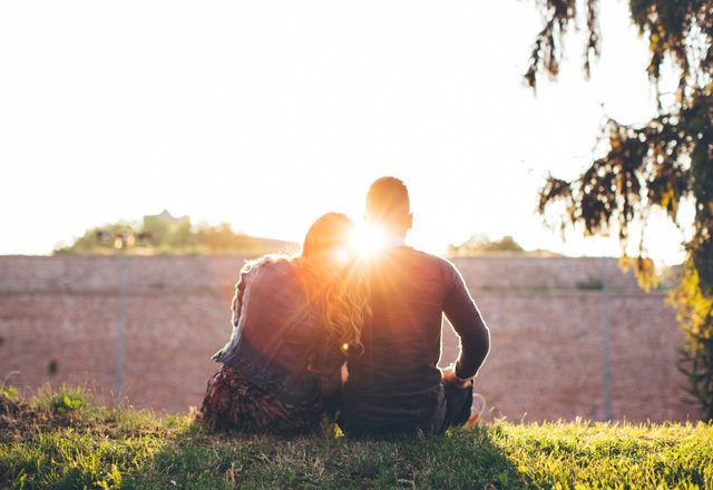 じつは繊細な「さそり座の男」が恋愛に求める5つのこと