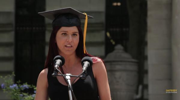 スティーブ・ジョブズではない「一般人」でも、アメリカの卒業スピーチはなぜか様になる。