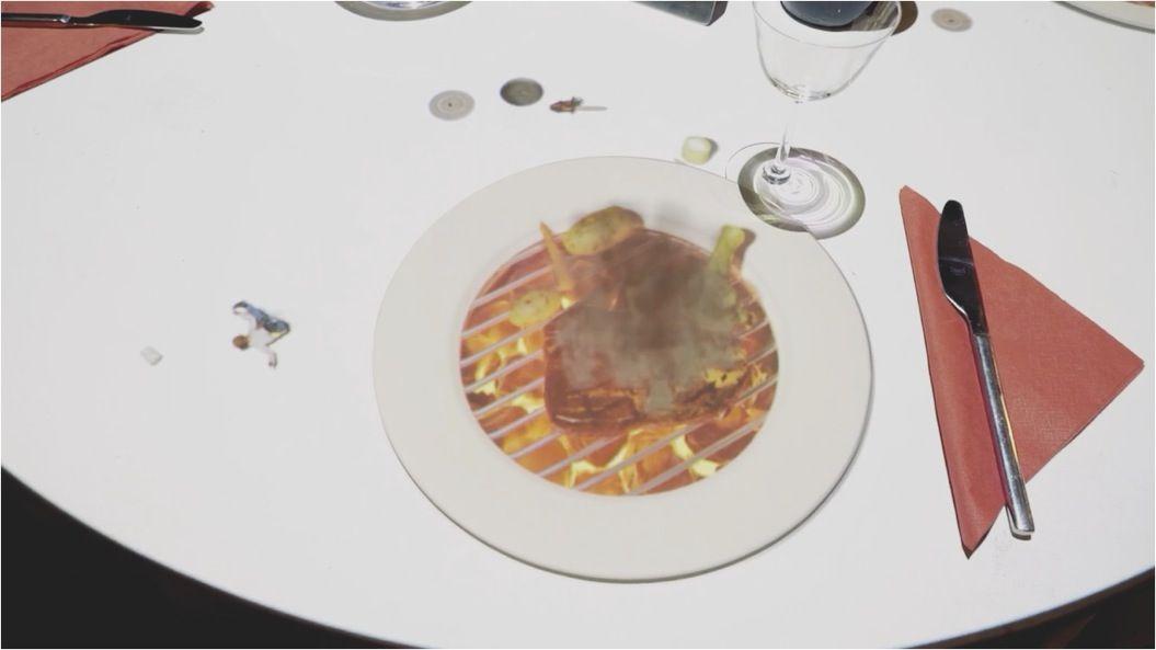 「小さなシェフ」が料理を振る舞う!食×プロジェクションマッピングが可愛すぎる・・・
